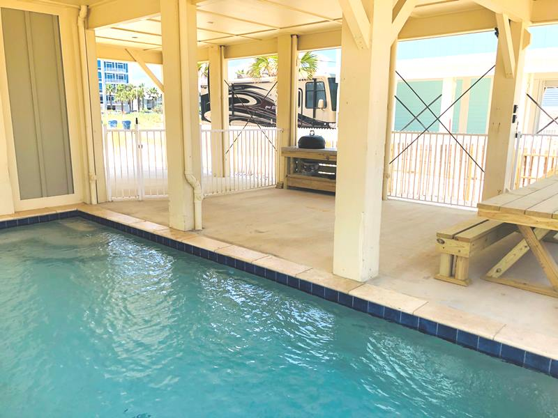 Gulf Shores Private Pool Beachfront House