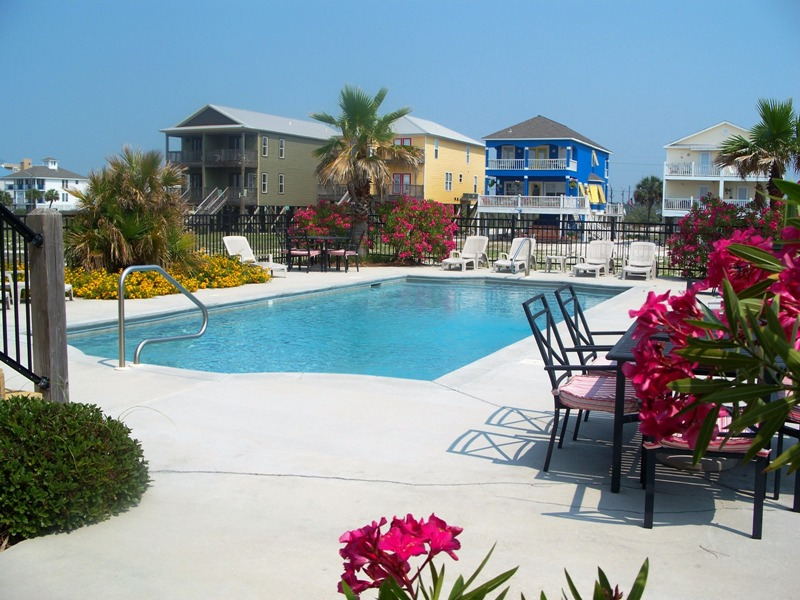 Dream Big Beach House Pool Gulf Shores