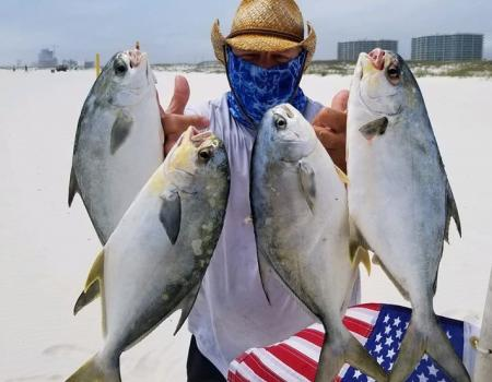 Maddog Fishing with fish