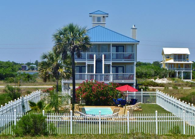 When Pigs Fly is one of our Gulf Shores beach house rentals with a pool.